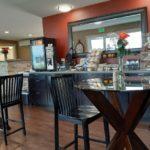 The Astoria Crest Motel breakfast area.